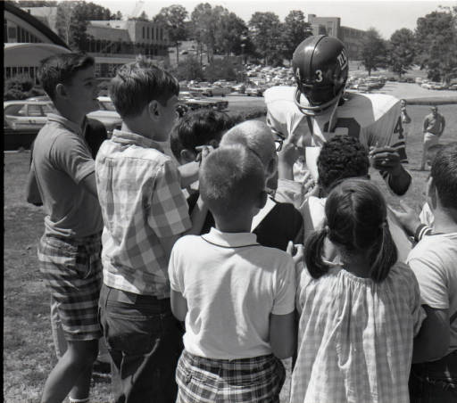 Spider Lockhart with a group of fans in August 1966.